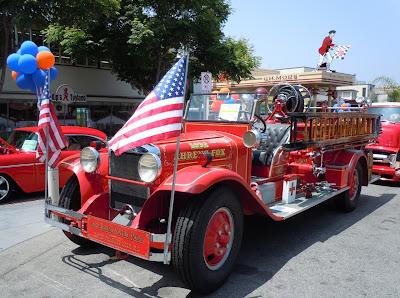 Firetruck Gilmore Heritage Auto Show 2010