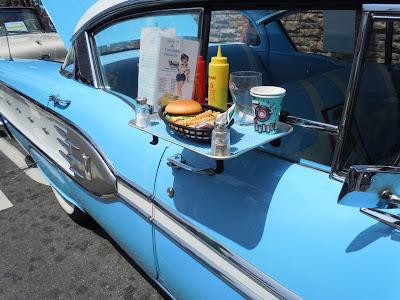 1958 Pontiac StarChief detail