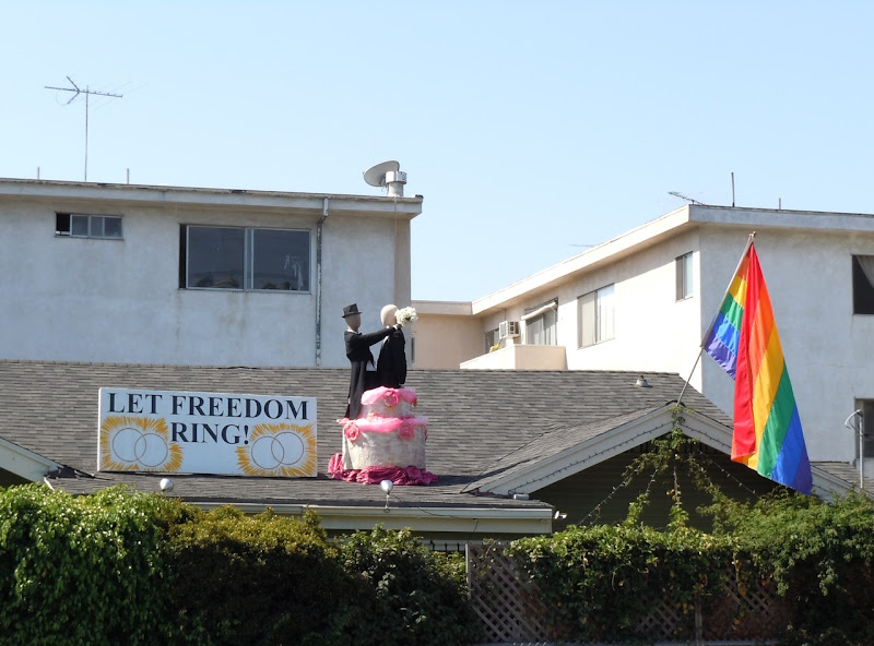Let Freedom Ring roof display
