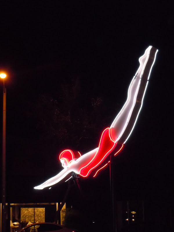 Night diver Route 66 Lights WEHO