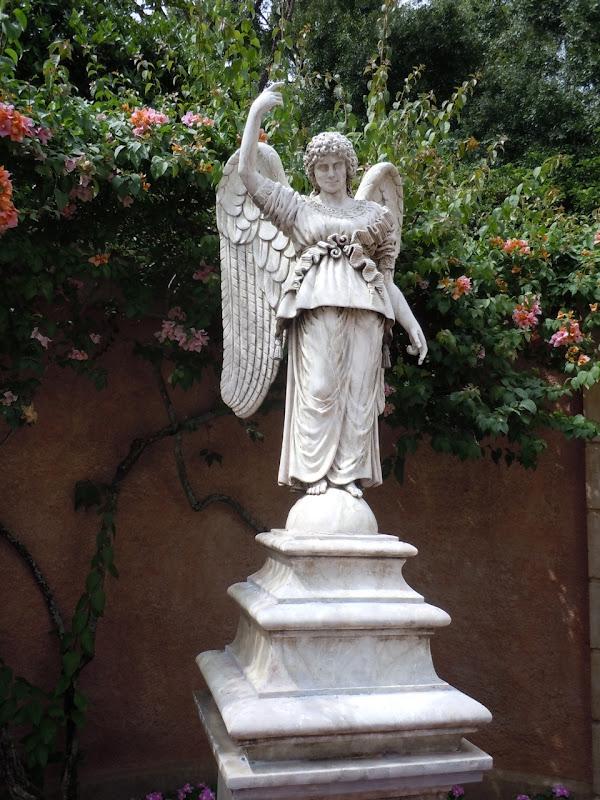 Epcot's Italian angel