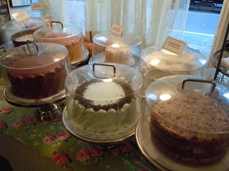Magnolia Bakery cakes West Village