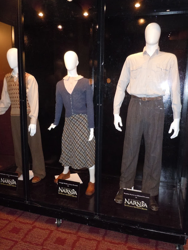 Narnia Dawn Treader film costumes