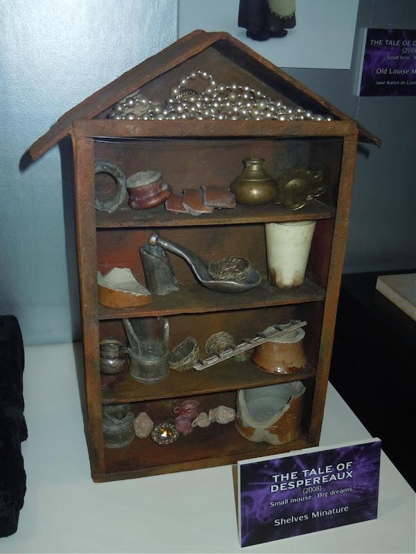 Tale of Despereaux shelves miniature