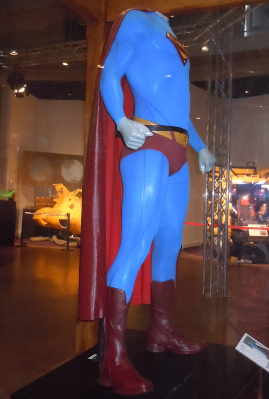 Superman Returns costume side-view