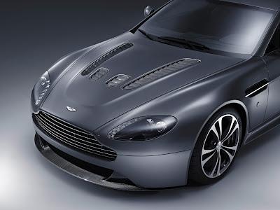 Wallpapers Aston Martin V12 Vantage