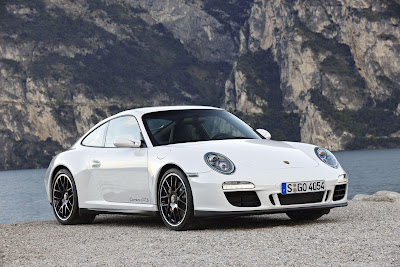 2011+Porsche+911+Carrera+GTS+3 2011 Porsche 911 Carrera GTS Official Revealed