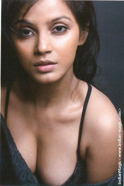 Priya anand boobs - 3 9