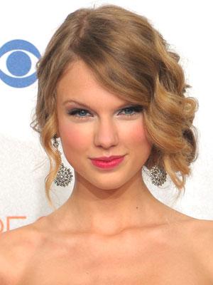 taylor swift tattoo 13. tattoo Taylor Swift taylor