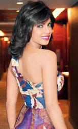 Priyanka Chopra - 30 yrs Res junior struggle
