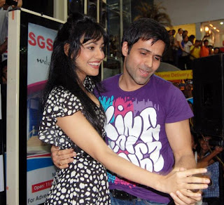 Crook Movie Actors Neha Sharma And Emraan Hashmi In Pune