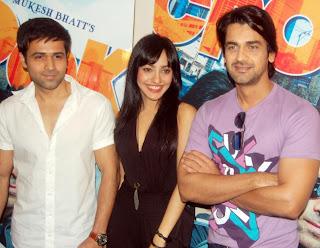 (L to R) Emraan Hashmi, Neha Sharma, Arjan Bajwa