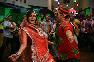 Katrina Kaif in a qawwali of Tees Maar Khan