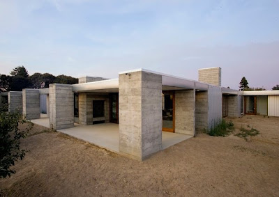 Prefabricated Concrete Home in Sonoma County
