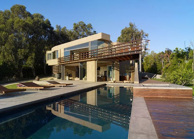 Modern Luxury House in Point Dume