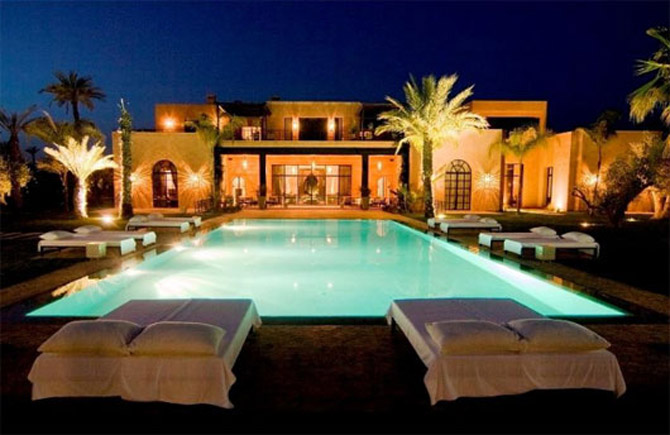 Luxury moroccan villa house design contemporary beautiful for Luxury pool house plans