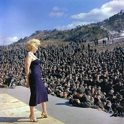 MARILYN MONROE in KOREA: RARE PHOTOS