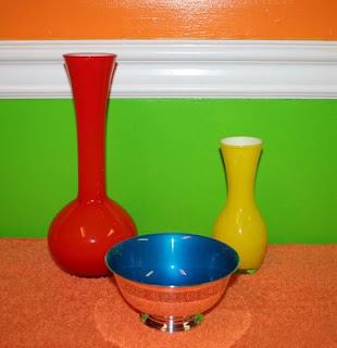 bowl and vases