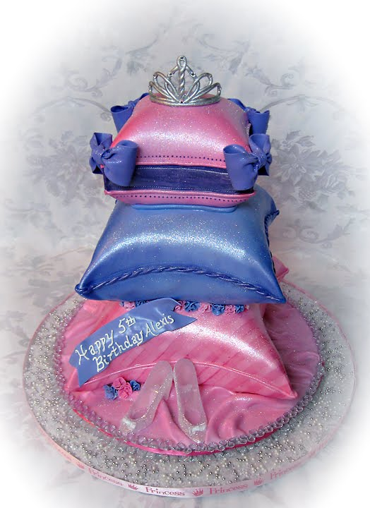 disney princess and frog cakes. PRINCESS AND THE FROG CAKES