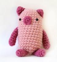 Free piglet amigurumi pattern