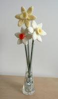 Free corchet daffodil pattern