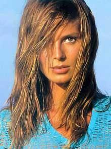http://3.bp.blogspot.com/_GUahM0wRn4M/TGQAN7zhF9I/AAAAAAAAAoU/ceE-Oq65QK4/s320/2009-celebrity-hair1.jpg