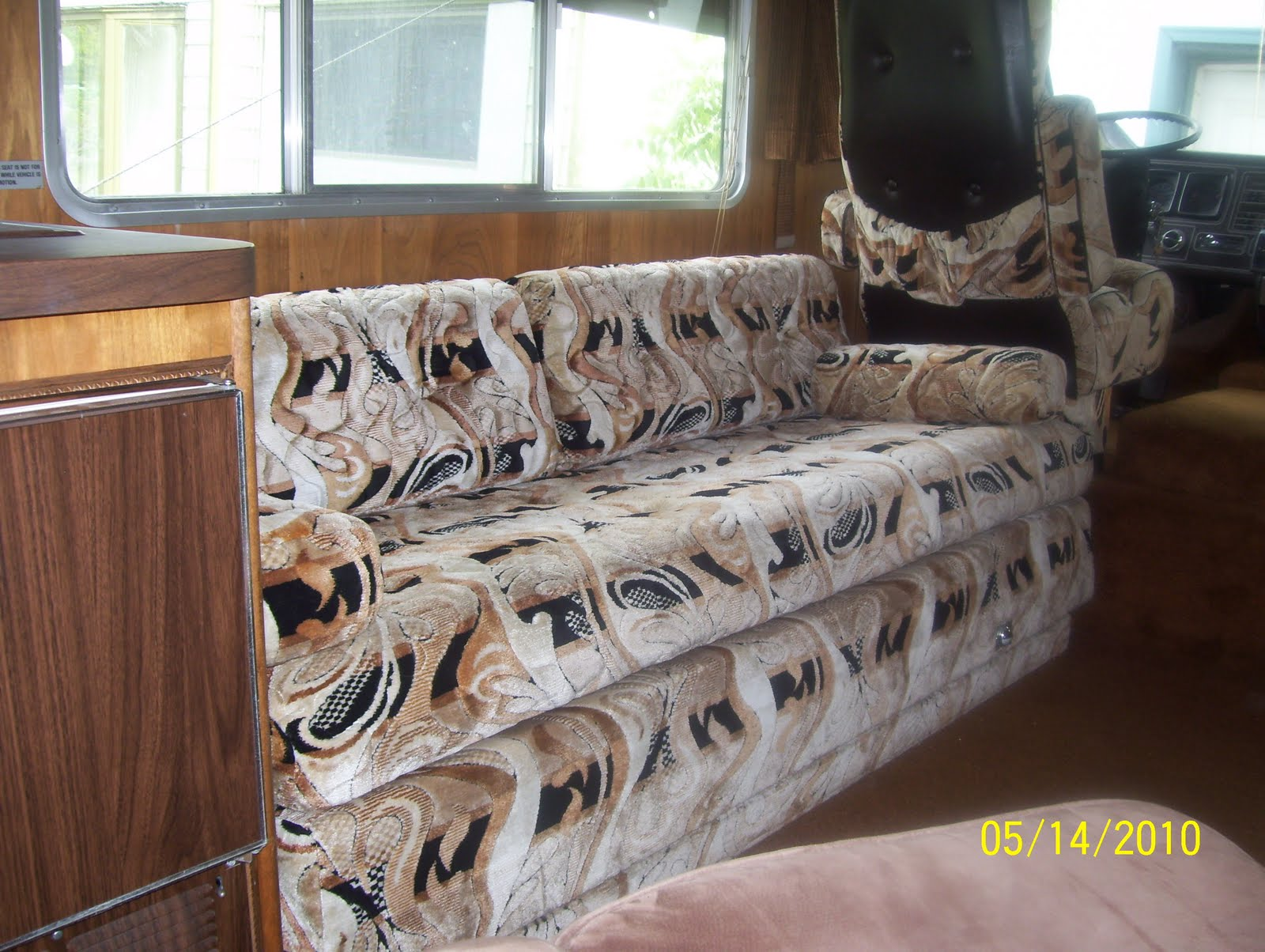 The Jack Knife Sofa Which Makes Into A Nice Comfy Bed. I Am Very Happy That  I Actually Like All Of The Original 1979 Upholstery And That It Is In  Really ...