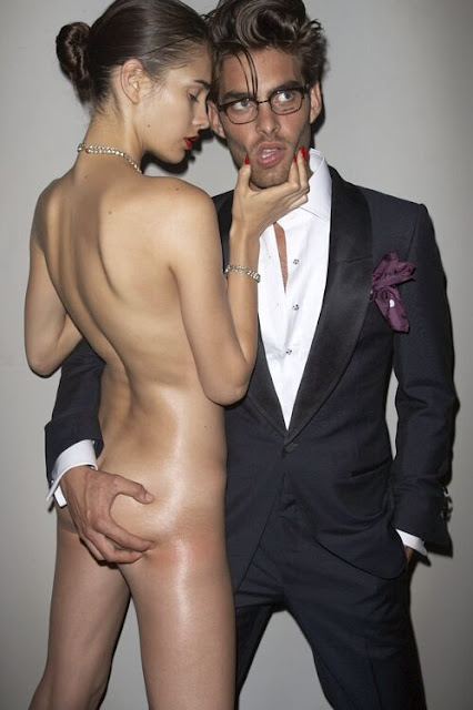 tom ford ads banned. This is a Racy Tom Ford ad