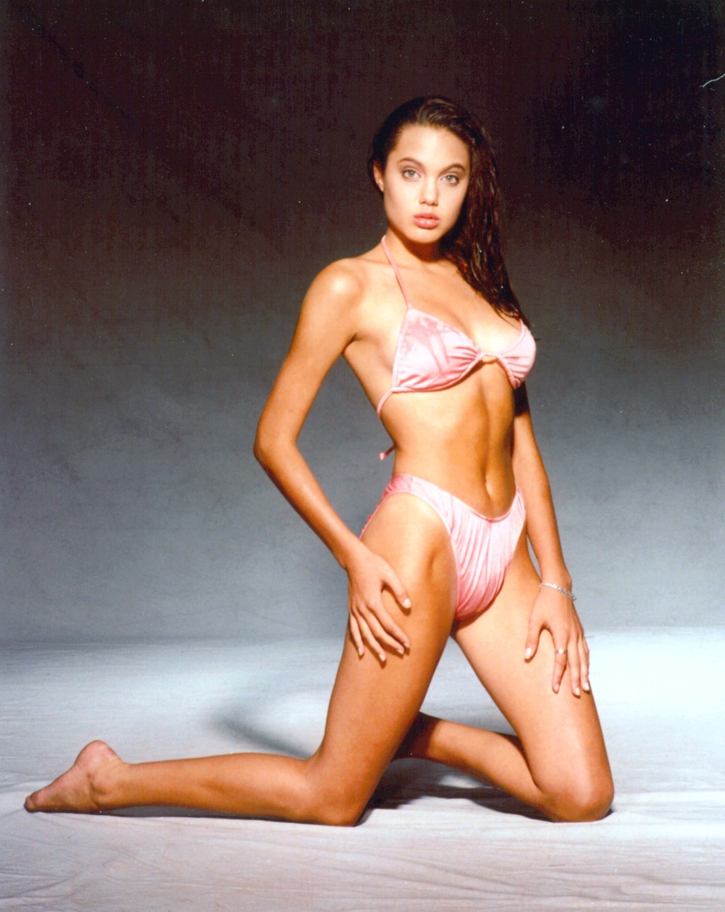 Naked pic of angelina jolie to download