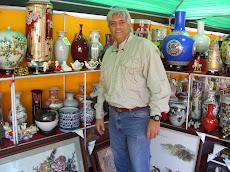 Feria Internacional de Porcelana China en Caracas, en el Centro Social Chino de El Bosque
