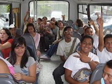 UNEPAS Alegría al saber que ahora para venir a la UNE cuentan con una unidad de transporte.