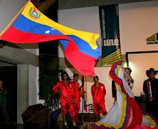 30 alumnos de la UNE al CONPEHT COLOMBIA 2010