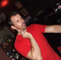 Stéphane, un des trois associés du Bar Merval de Buenos Aires