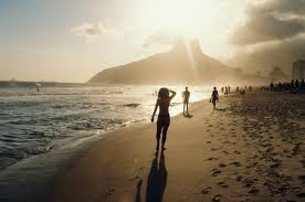 Visita la mejor playa de Brasil en Video