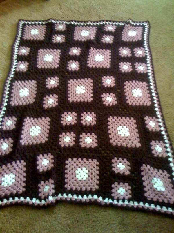 Does anyone have an easy to follow pattern for a granny square in