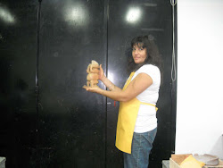 Ana Claudia con su suplicante horneada