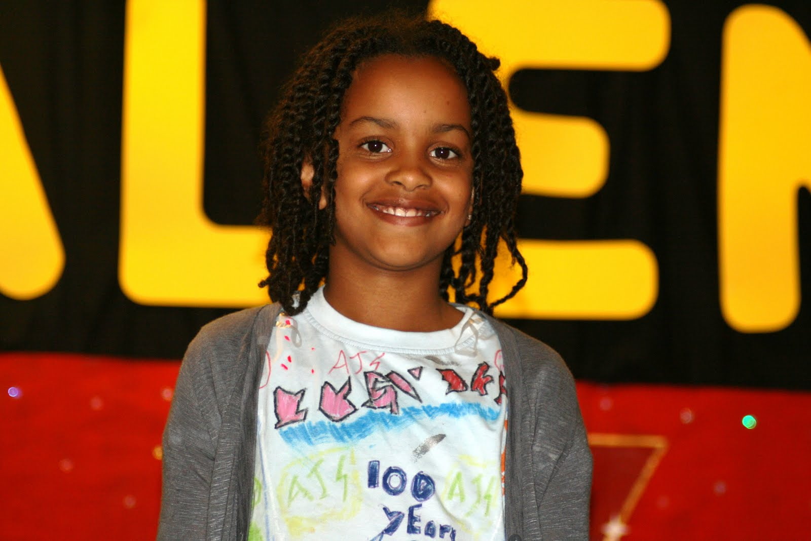 http://3.bp.blogspot.com/_GbG0BGWxdXk/TIpYcyx3Y8I/AAAAAAAAAOk/XER_KT5Ypso/s1600/Jazmine.JPG