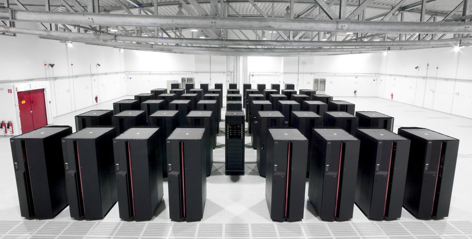 super computer In the latest biannually released top500 list of the world's fastest supercomputers , china not only has the world's fastest supercomputer, it has.