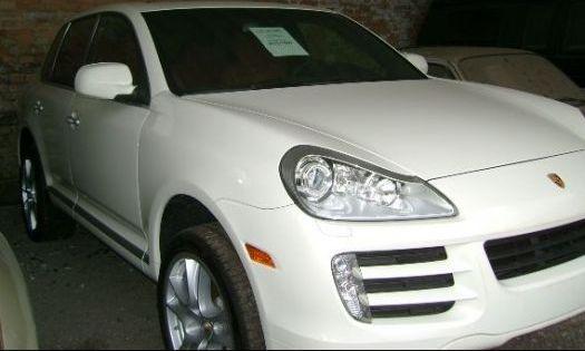 http://3.bp.blogspot.com/_Gd_X-f5mDJ0/TBwteHy02JI/AAAAAAAAABs/Zd94x2fXq4A/s1600/leilao-carros-luxo-100618_f_001.jpg