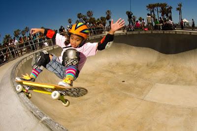 Kiko Francisco at Vans Skatepark. Photo X. Lannes, pool riding, Vans skatepark, Venice Skatepark, vert skating