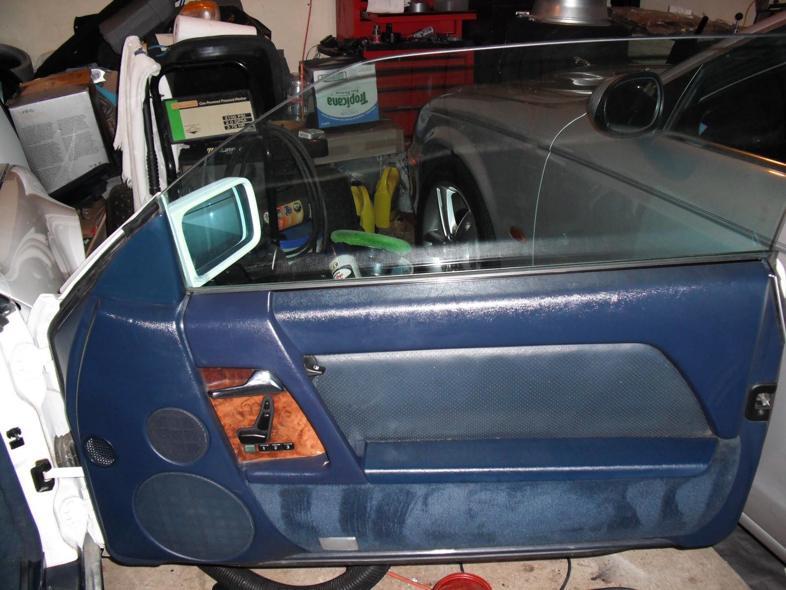 r129 500sl restoration making blue interior parts. Black Bedroom Furniture Sets. Home Design Ideas