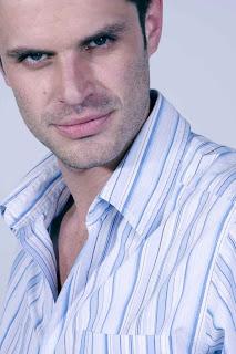 Mark Tacher en un nuevo roll, Santiago en la telenovela 'Los Protegidos'