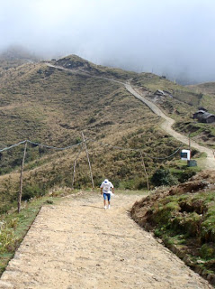 Already high up, this cobbled road leads to the entrance of the Singalilia National Park