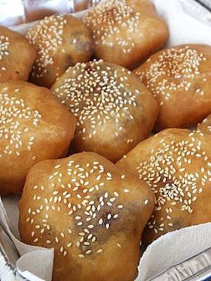 ... of Mine: Nam Yee and Red Bean Dumplings/ Ham Chin Peng/ 油炸面包