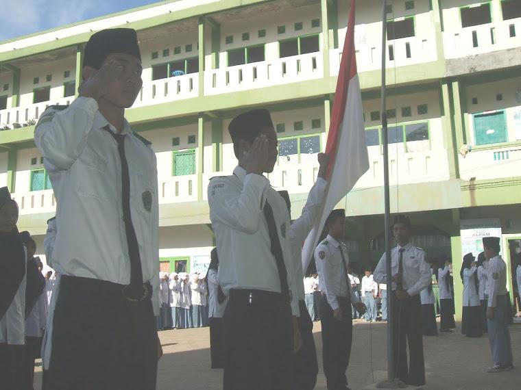 Paskibra MAS MALNU Pusat Menes