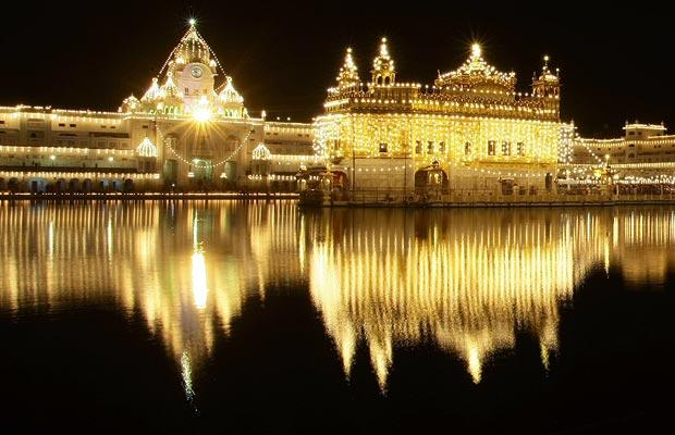 golden temple amritsar wallpapers. Golden Temple in Amritsar