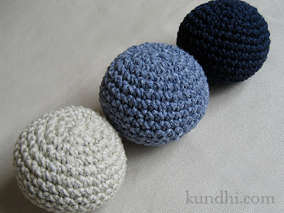 Knit Sphere Cat Toy