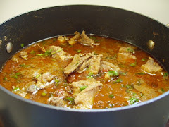 Desi Murgi ki Curry.