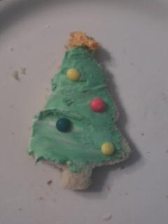 Cream Cheese Edible Christmas Tree after school Snack.