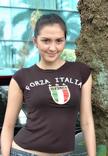 7 Presenter Sepak Bola Indonesia Tercantik.alamindah121.blogspot.com